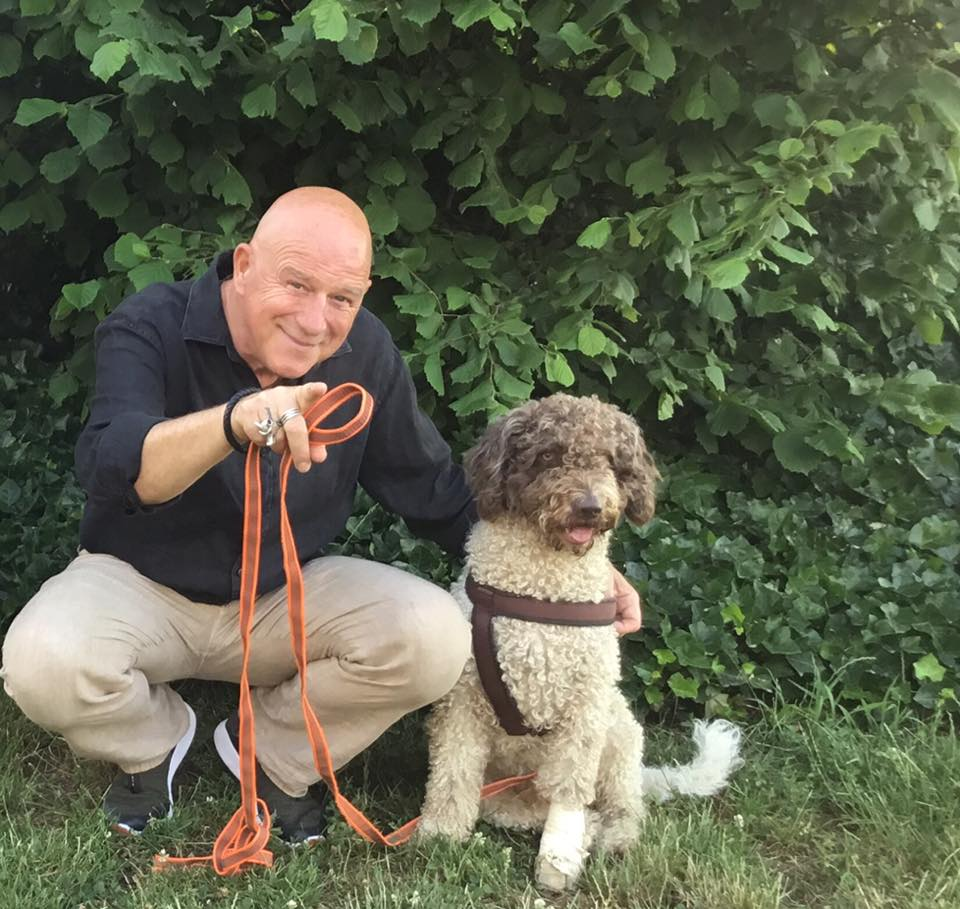 Alexander Goebel in der Hundeschule Hürm